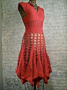 Crochet vestido en un color muy inusual! Muy halagador, equipada estilo. Todo hecho a mano. Busto de medidas 33, 23 cintura, 43 de longitud