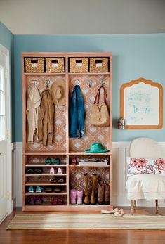 credit: DIY Ideas, Projects and Tips for Every Room, Not wild about this colour scheme but still could be good idea