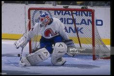 mar-1992-goaltender-john-tanner-of-the-quebec-nordiques-looks-on-a-picture-id223201 (1024×683)