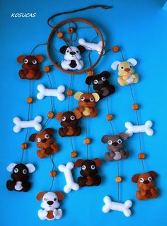 Felt mobile with dogs. by Kosucas on Etsy, Dog Crafts, Diy Craft Projects, Felt Crafts, Diy And Crafts, Sewing Projects, Projects To Try, Dyi Decorations, Felt Mobile, Felt Dogs