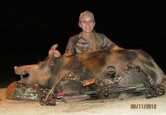 Queens of Camo: wild hog hunting tips