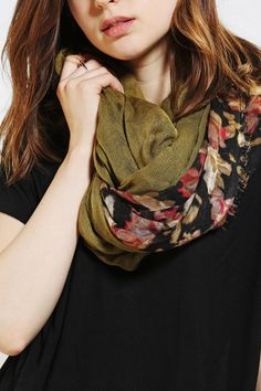 mix and match fabrics eternity scarf -- simple enough to make, looks pretty