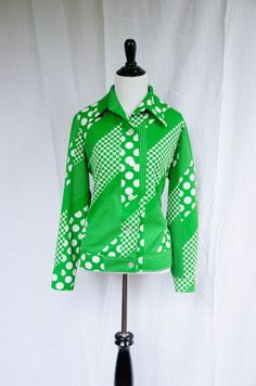 Vintage 1970's 'Dolly Baby' Plus Size Mod Blouse Size L by BeehausVintage on Etsy