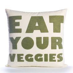 Essen Sie Gemüse  HanfLeinwand & Recycling von alexandraferguson, $87.00