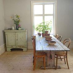 Matrummet #thonet #allmoge #antik #bockbord #scandinavian #interior #lergods