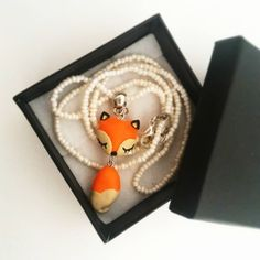 Fox necklace - handmade in polymerclay - fimo www.lifeincolour.it #fox #lepetitprince