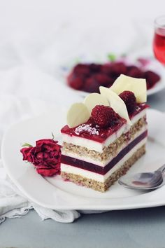 Raspberry and white chocolate entrement with mascarpone mousse. This makes me want to try the Delicious Dessert Tour! Fancy Desserts, Just Desserts, Delicious Desserts, Yummy Food, Gourmet Desserts, Gourmet Foods, Sweet Recipes, Cake Recipes, Dessert Recipes