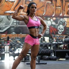 """""""#STEROIDSURGERYFREE - This picture represents so much to me on so many levels. This physique right here is SURGERY FREE and STEROID FREE. - I've been…"""""""