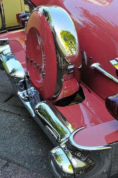 1957 Pontiac Star Chief convertible with continental kit