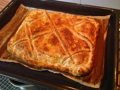 Desde Cordoba: A ratos sueltos.: Empanada, u hojaldre, rellena de carne.