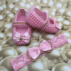 Girls Glitter Shoes, Baby Shoes, Lily, Boutique, Sandals, Fashion, Baby Party Dresses, Handmade Crafts, Ideas