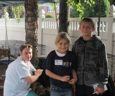 Dr. Travis Cerf with his neice, Hailey and his nephew, Hunter during Ridgewood Veterinary Hospital's 7th Adopt-A-Pet Day.