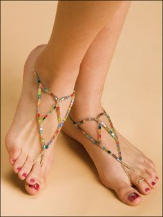 Link to beaded bottomless sandals and patterns similar to it.