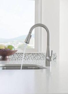 Essie pulldown kitchen faucet