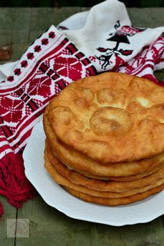 Romanian Desserts, Romanian Food, Jacque Pepin, Cooking Recipes, Healthy Recipes, Food Cakes, Vegan Sweets, Desert Recipes, Appetizer Recipes