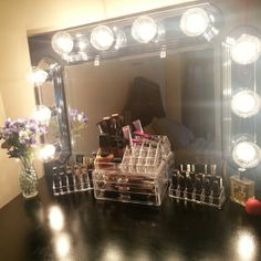 Make Up Vanity McGuire McGuire Butterworth we HAVE to make a trip to HomeGoods and do this Vanity Room, Diy Vanity, Vanity Decor, Vanity Set, Vanity Ideas, Walk In Closet Inspiration, Makeup Storage Organization, Girl Cave, Make Up Storage