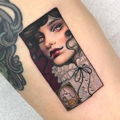 Do you want to get amazing tattoos? Today, we are going to share elegant tattoo ideas with you. These tattoo designs are gorgeous and beautiful. Time Tattoos, Body Art Tattoos, I Tattoo, Elegant Tattoos, Beautiful Tattoos, Lip Piercing, Ear Piercings, Piercing Ideas, Peircings