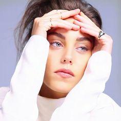 Oyku Karayel Turkish Women Beautiful, Turkish Beauty, Girl Photos, My Photos, Trendy Fall Outfits, Turkish Actors, Classy And Fabulous, In A Heartbeat, Photo S