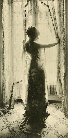 Callot Sisters model, 1910.