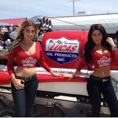 The girls were out shinin' with Lucas Oil Speedway yesterday in Wheatland for the Drag Boat races!