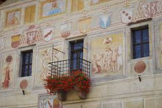 Magnifica Comunità di Fiemme, la moglie del Principe Vescovo ama i gerani www.visitfiemme.it