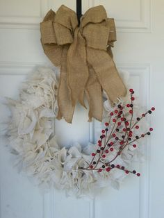 Burlap wreath from Grateful Vintage