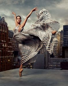 Misty Copeland 8x10 photo American Ballet Theatre (ABT) ballerina (tiptoe)