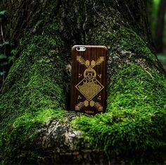 The Brown Bear straight from the punishing mountainsiPhone case which provides wild character and protection This amazing masterpiece can be yours if you check the link in bio  What is your favorite predator? Share in comments
