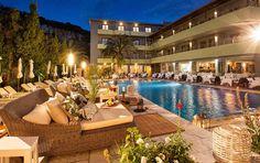 La Piscine Art Hotel pool.
