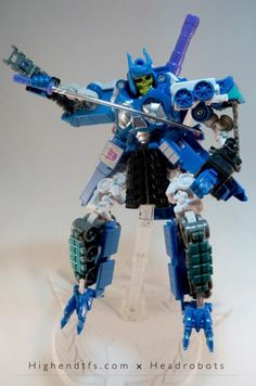 """Headrobots bring Masters of the Universe to the Transformers with this """"Skel-E-Tron"""" upgrade kit!"""