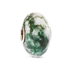 The Moss Agate helps balance emotional energy and to let go of anger and bitterness. It is said to enhance concentration, persistence, endurance and success.