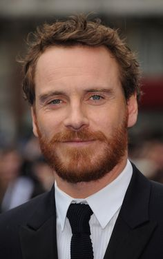 Michael Fassbender and his adorable ginger beard Ginger Men, Ginger Beard, Red Beard, Hipster Bart, Mens Hairstyles With Beard, Men's Hairstyles, Beard Designs, One Hair, Attractive Men