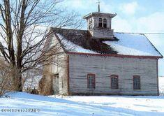 Carriage House Garage, Barn Garage, Garage Workshop, Mansard Roof, Barns Sheds, Vacant Land, Old Barns, Eat In Kitchen, Old House Dreams