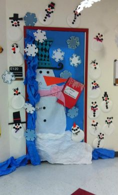 Winter Door Decoration Idea - MyClassroomIdeas.com