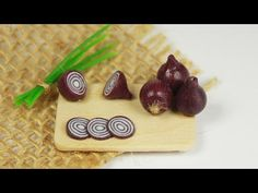 polymer clay Red Onion TUTORIAL - YouTube