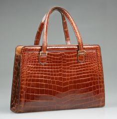 1aea7056741965 Vintage HERMES Crocodile Handbag at 1stdibs Vintage Handbags, Vintage  Purses, Vintage Bags, Sac