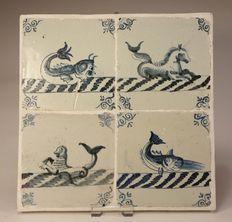 Tableau van 4 antieke tegels met zeewezens