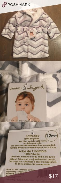 SALE😀 Blankets & Beyond baby robe! NWT So Adorable! So Soft! So Fleecy! So Brand New! Fleece lined belted robe with hood!! Size 12 months by Blankets & Beyond . NWT blankets & beyond Pajamas Robes