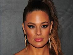 Ashley Graham Makes A Perfect Case Against New Year's Resolutions