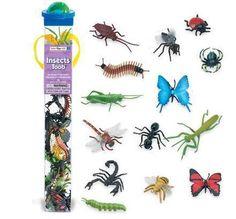 14 insectos icónicos en la palma de su mano, incluyendo una oruga, libélula, ciempiés, saltamontes, moscas domésticas, mariquita, araña, abeja, cucarachas, escorpiones, mantis religiosa, hormiga y 2 mariposas. Safari, Mantis Religiosa, Tuff Tray, Rooster, Montessori, Outdoor Decor, Image, Grasshoppers, Insects