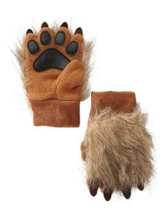 Pro Fleece lion paw mittens from GAP!