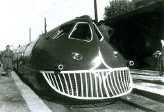 Rail Transport, Public Transport, Choo Choo Train, Train Art, Rail Car, Old Trains, Train Pictures, Rolling Stock, Steam Engine