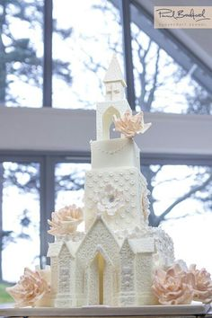 Learn to make this incredible Church Wedding Cake. Watch as paul shows us how to… Elegant Wedding Cakes, Beautiful Wedding Cakes, Gorgeous Cakes, Wedding Cake Designs, Wedding Ideas, Cake Decorating Courses, Cake Decorating Videos, Bride And Groom Cake Toppers, Wedding Cake Toppers
