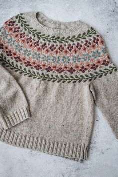 Besten breiwerk : The Birkin Sweater — Yellowish Ropa Upcycling, Fair Isle Pullover, Pretty Outfits, Cute Outfits, Fair Isle Knitting Patterns, Moda Casual, How To Purl Knit, Birkin, Pulls