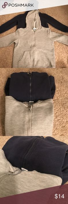 Pack of two basic hooded sweaters 4T In good condition, pre loved and it only lasted for one season. My little one our grew them already. kept clean. Used it for private school and that was it. Sold as a set. Thanks for swinging by. Comes from a home with no pets or smoking 😊 Circo Shirts & Tops Sweatshirts & Hoodies