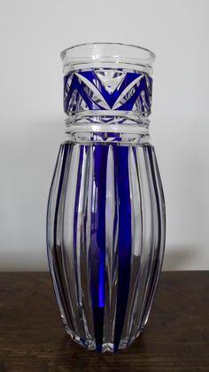 Val St Lambert - Vase MKM cristal clair doublé bleu, années 20.