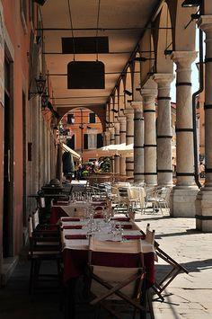 Lunchtime Portico, Carrara, Tuscany, Italy