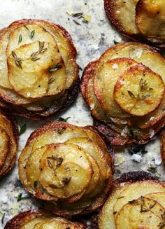 Potatoes with thyme and rock salt.