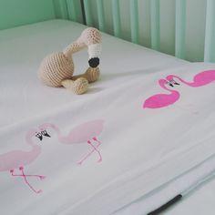 Handgeschilderd lakentje met flamingo van GoodiesMadeByLien op Etsy
