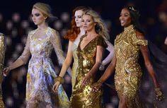http://blog-static.hola.com/fashionassistance/2012/08/kate-moss-y-naomi-campbell-como-dos-antorchas-en-la-clausura-de-los-juegos-olimpicos.htmlKate Moss y Naomi Campbell, como dos antorchas en la clausura de los Juegos Olímpicos   Fashion Assistance